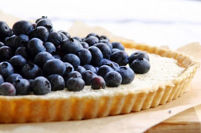 cach-lam-banh-bluberry-tart