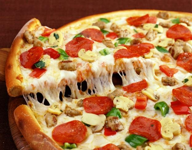 cach-lam-banh-pizza-don-gian